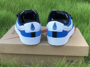 x Nike